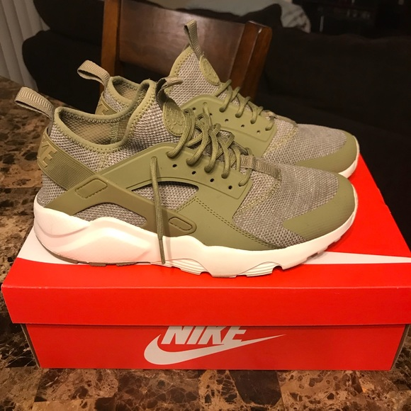 018cabefcfd99 SUPER HOT AND STYLISH AUTHENTIC MENS HUARACHES